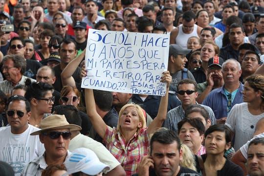Policías protestan en La Plata. Foto: LA NACION / Santiago Hafford