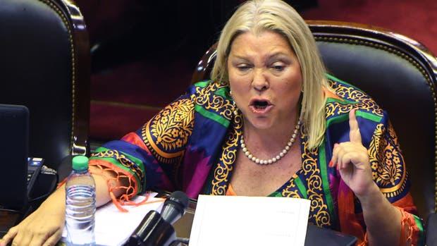 Elisa Carrió durante la corta sesión en Diputados