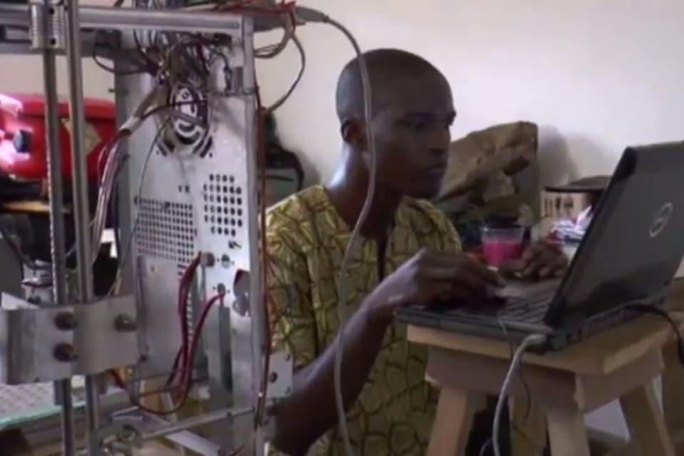 Llegan las impresoras 3D económicas y hechas con basura electrónica