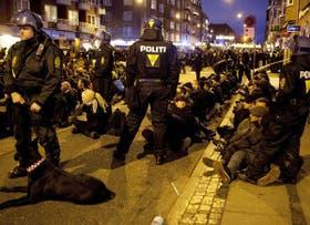 Unas 400 personas fueron detenidas por la policía danesa debido a una protesta contra la cumbre climática en Copenhague