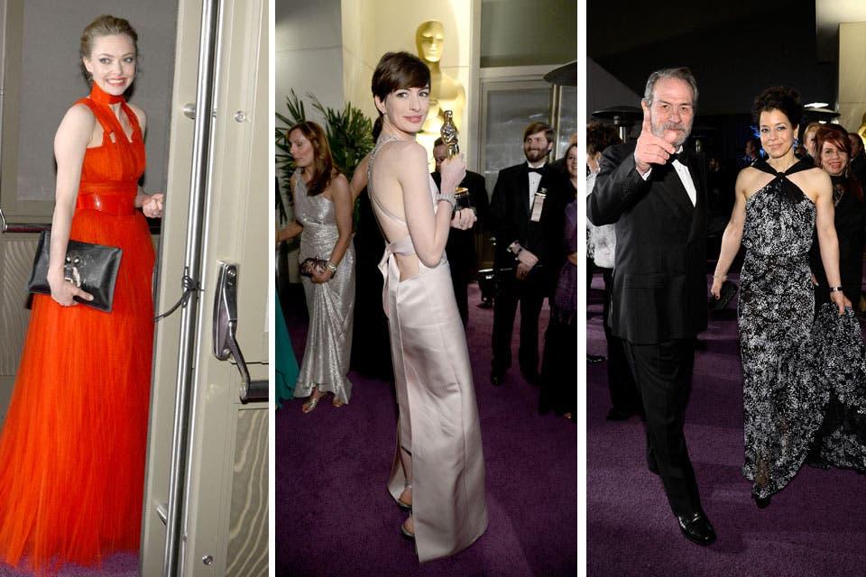 Amanda Seyfried, Anne Hathaway y Tommy Lee Jones, en el Baile del Gobernador. Foto: /Getty Images