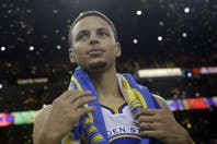 Stephen Curry se inspiró y Golden State igualó la serie ante Oklahoma