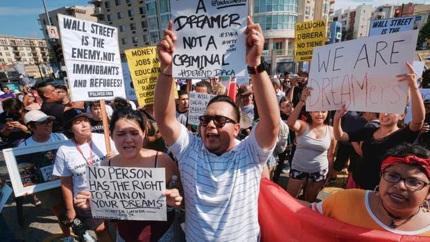 Los inmigrantes protestan en distintas ciudades de EE.UU.