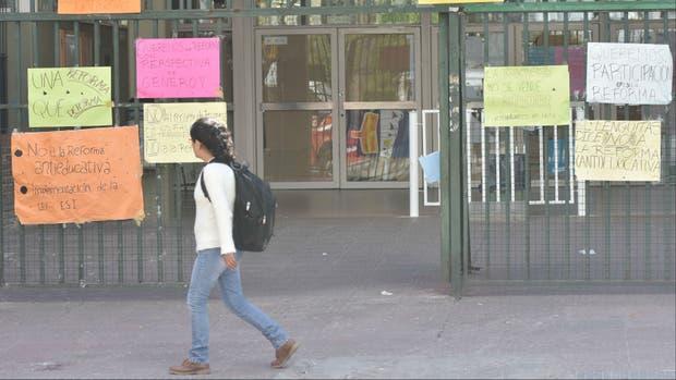 Llamado al diálogo: la ministra Acuña convoca para mañana a los estudiantes