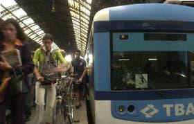 Los trenes suburbanos también mantienen sus tarifas congeladas porque reciben cada vez más subsidios