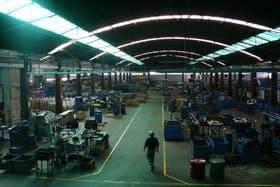 La fabricación de vehículos bajó 20,4 por ciento