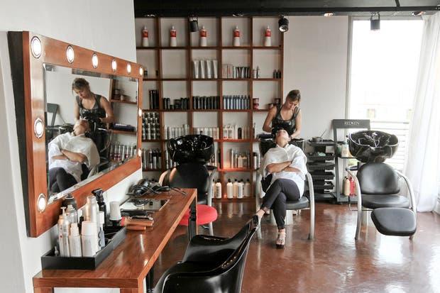 Este estudio es la cuna de casi todas las tendencias de moda que se ven en la Argentina. Foto: Sebastián Rodeiro