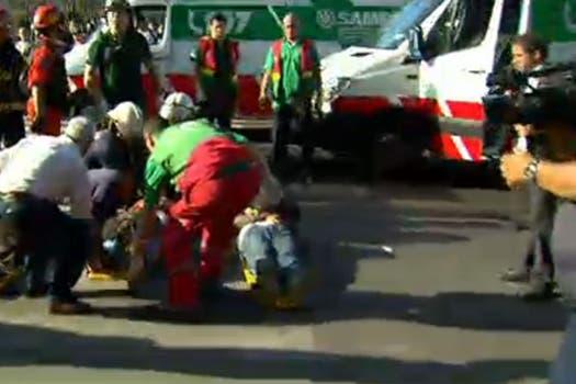 Otro tren de la línea Sarmiento chocó en la estación Once y provocó 80 heridos; no hubo víctimas fatales. Foto: Captura TV