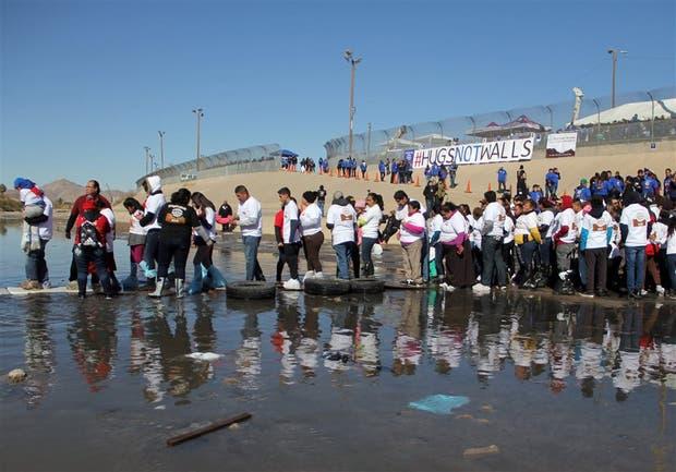 Una protesta contra el muro, anteayer, en Ciudad Juárez