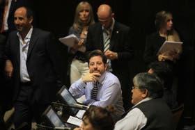El diputado José Ottavis (en el centro), de La Cámpora, fue el principal impulsor del pedido de informes a Scioli sobre el juego en la provincia