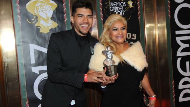 Las misteriosas dedicatorias de Abel Pintos en los Premios Gardel