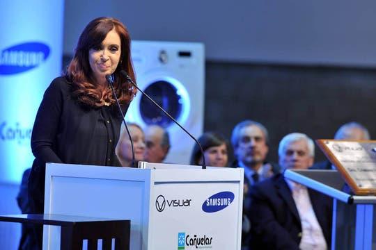 La Presidenta visitó la planta de Samsung el 30 de julio en Cañuelas. Foto: Télam