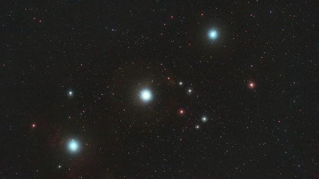 Las estrellas brillantes y visibles desde ambos hemisferios hacen que la constelación de Orión sea reconocida mundialmente