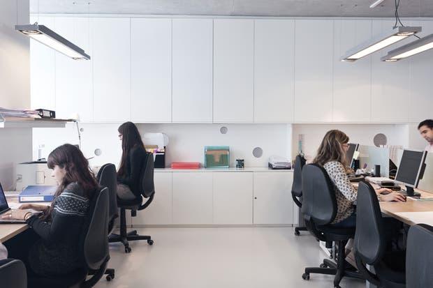 El diseño del resto de los ambientes de la desarrolladora estuvo a cargo del arquitecto Diego Sefer, de Craft Studio..