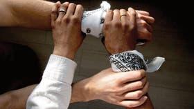 Cómo usar una bandana, en un mensaje de unión