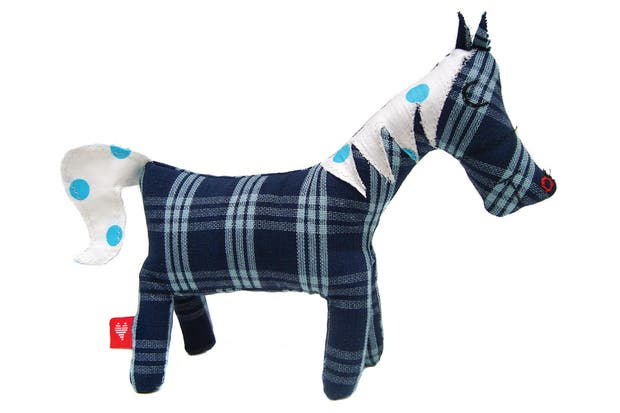Pony de tela (Corazón de Algodón)..