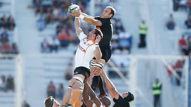 Un triunfo con destellos para sumar confianza: los Jaguares vencieron 41-14 a Cheetahs. Foto: LA NACION / Rodrigo Néspolo