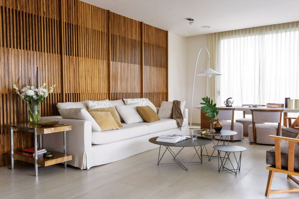 Una casa contemporánea con detalles orientales