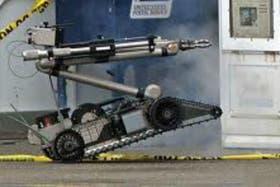 El modelo del PackBot comprado por Brasil es el 510, un aparato de 10,9 kilos, con 17,8 centímetros de alto, 52,1 de ancho y 88,9 de largo