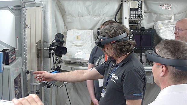 Los astronautas usarán anteojos de realidad aumentada para hacer reparaciones en el espacio