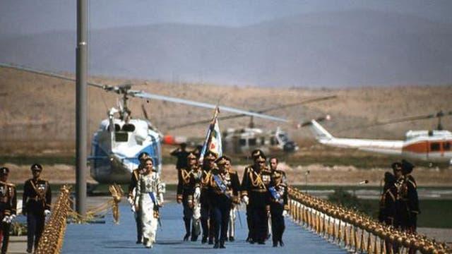 Un aeropuerto especial fue construido para aterrizaje de las naves militares y los jets de los invitados.