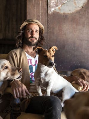 Francisco García Ibar, el adiestrador que lleva a los perros de vacaciones