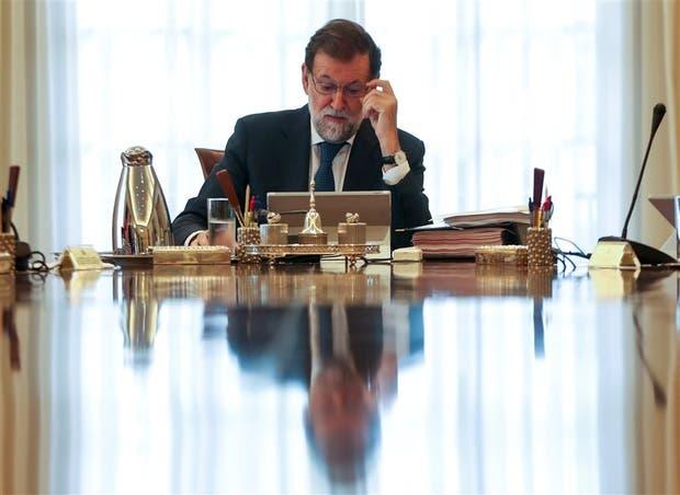 Fiscalía española se querellará contra todos los miembros del Gobierno catalán