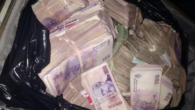 Parte del dinero secuestrado en los allanamientos