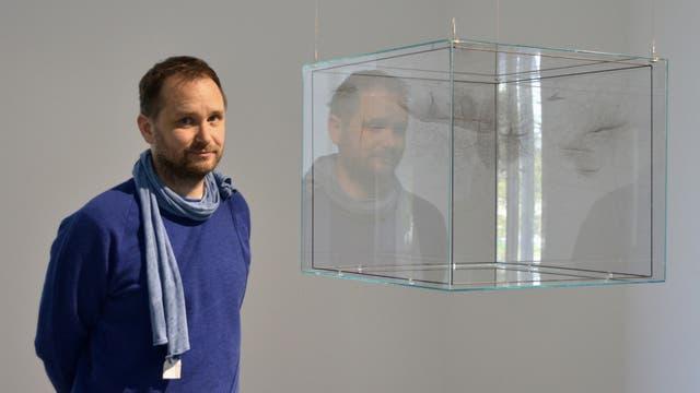 Tomás Saraceno. Nacido en Tucumán en 1973, estudió Arquitectura en la UBA, Vive en Berlín