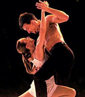 Un tango con Julio Bocca, su marido en el escenario