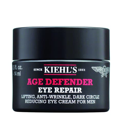 Para ellos: con extracto de semilla de centeno y cafeína, Age Defender Eye Repair, de Kiehl's, es la propuesta antiage para los ojos.