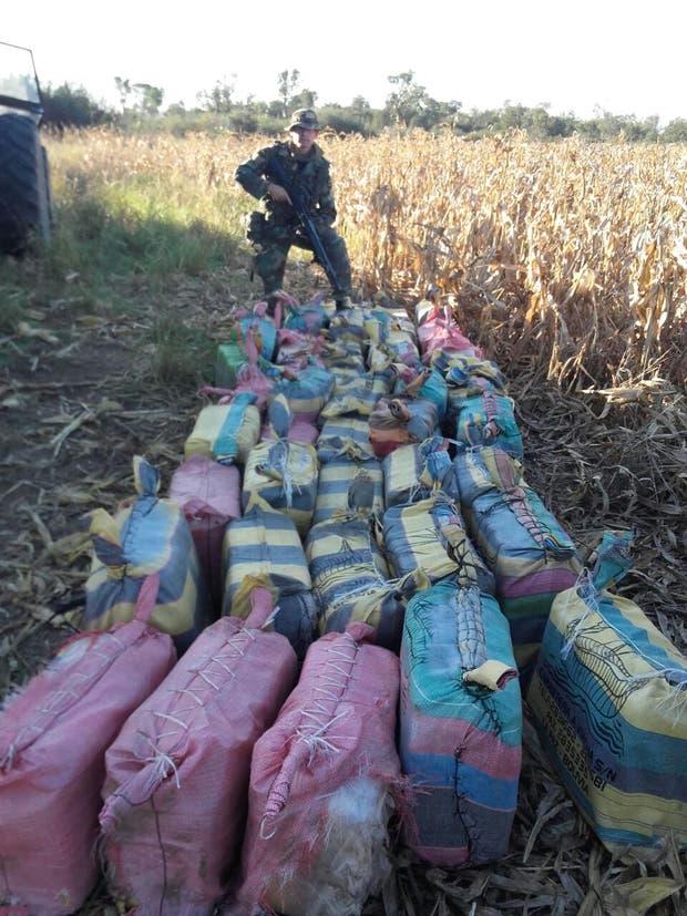 Ascienden a 1800 kilos de cocaína lo secuestrado por gendarmería