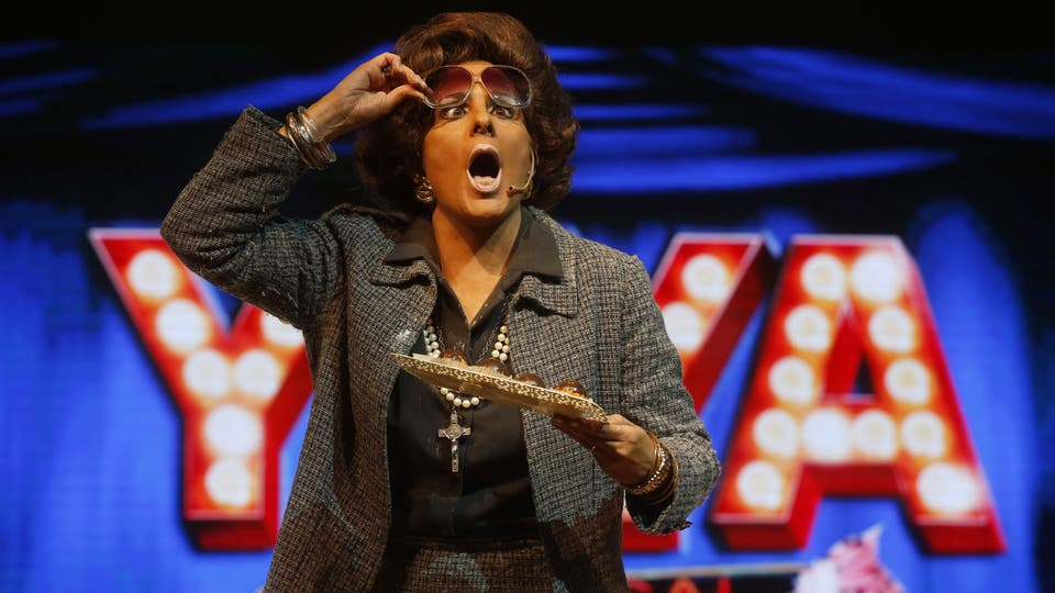 Karina K interpreta a Yiya Murano, en Yiya, el musical. Foto: Fabián Marelli