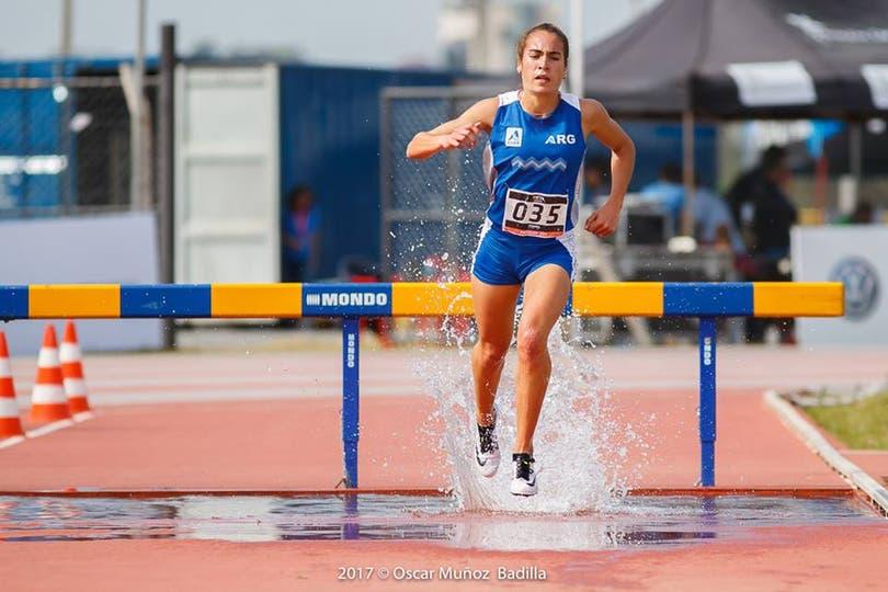 Belén Casetta, oro en 3000 metros con obstáculos y plata en 5000 metros