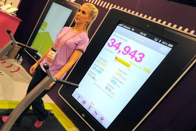Fitbug, uno de los tantos desarrollos que se presentaron en la CES que combinan la tecnología con la actividad física