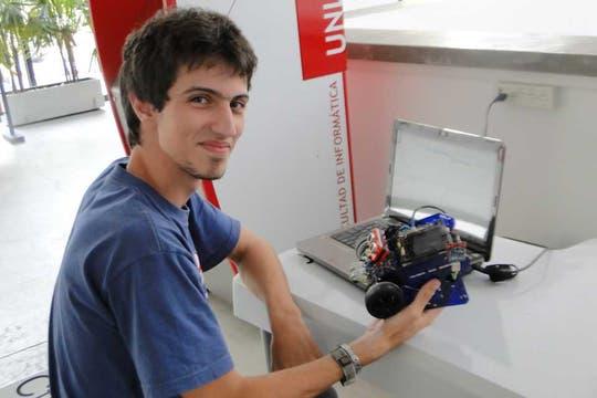 El programa de robótica de la UNLP se extendió a las escuelas técnicas de Buenos Aires para incentivar el interés de los jóvenes en el uso de la tecnología. Foto: Gentileza Universidad Nacional de La Plata