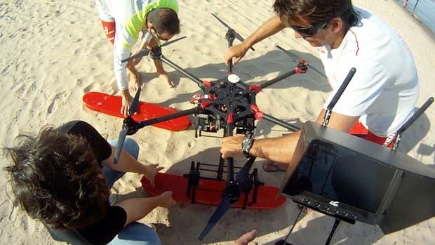 Una vista del drone salvavidas presentado en Rosario