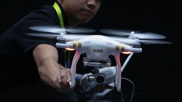 Los drones ya son utilizados en el cine, pero el sistema desarrollado por el MIT y el Politécnico de Zurich busca que los equipos eviten colisiones y tengan una mejora en el manejo de la cámara