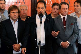 Scioli dio una conferencia de prensa y anunció las madedias que se tomarán tras la inundación