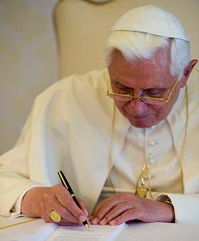 El Anillo del Pescador simboliza el poder pontificio