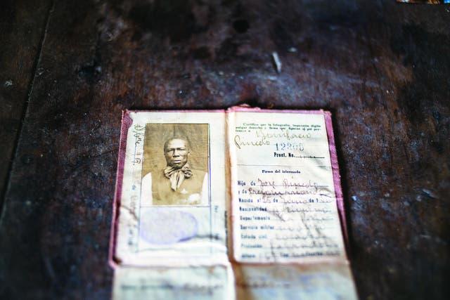 Memoria fiel. El documento de identidad de Bonifacio, el abuelo de don Julio que supo conservar el legado del linaje real