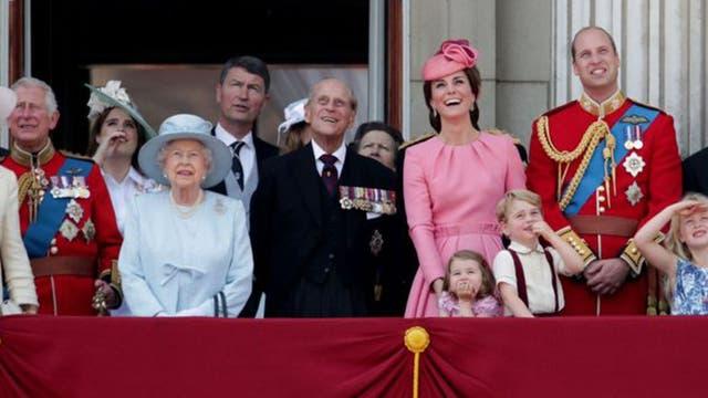 Según la plataforma Republic, el precio de mantener a la realeza británica asciende a US$439 millones