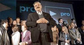 López Murphy se mostró rodeado de sus candidatos, pero nunca los nombró