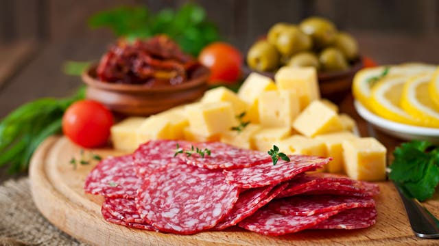C mo hacer una picada saludable sin dejar afuera quesos y for Como preparar una cena saludable