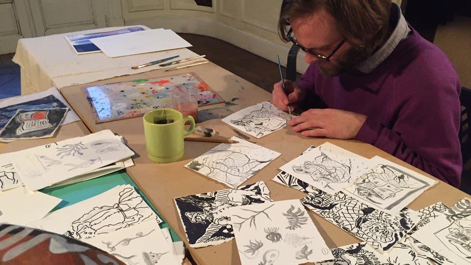Christian Newby, estadounidense residente en Londres, se contó entre los 15 artistas de varios países que participaron en octubre de la Residencia de Arte en Buenos Aires