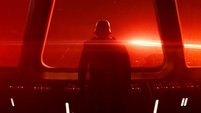 Kylo Ren, el nuevo antagonista, obsesionado con Darth Vader