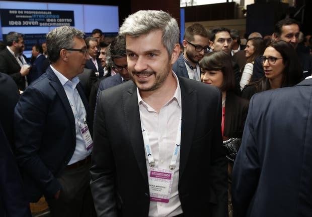 El jefe de Gabinete, ayer, luego de hablar en el Coloquio