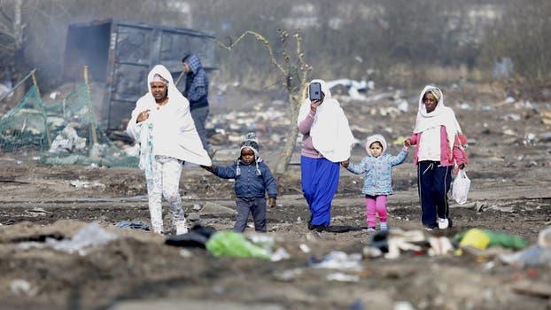 """Ubicado al norte de Francia, """"La Jungla"""" se convirtió en un """"hogar"""" provisorio para quienes intentan llegar a Gran Bretaña. Foto: EFE"""
