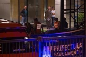 El operativo de la Prefectura en el edificio de Puerto Madero donde vivía Alberto Nisman