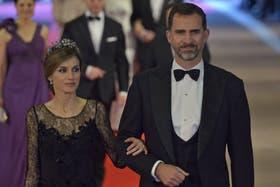 El príncipe heredero de España, Felipe, junto a la princesa Letizia